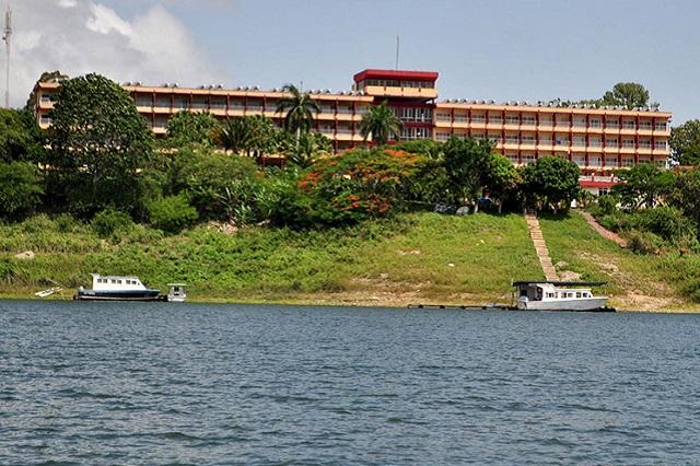Hotel Hanabanilla. Excursion from Hostal Aliana, Santa Clara, Villa Clara Cuba
