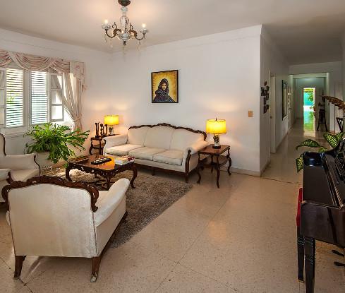 Beautiful living room at Residencias Alfonso y González, Vedado, Havana, Cuba