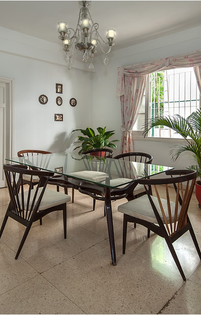 Dining room at Residencias Alfonso y González, Vedado, Havana, Cuba