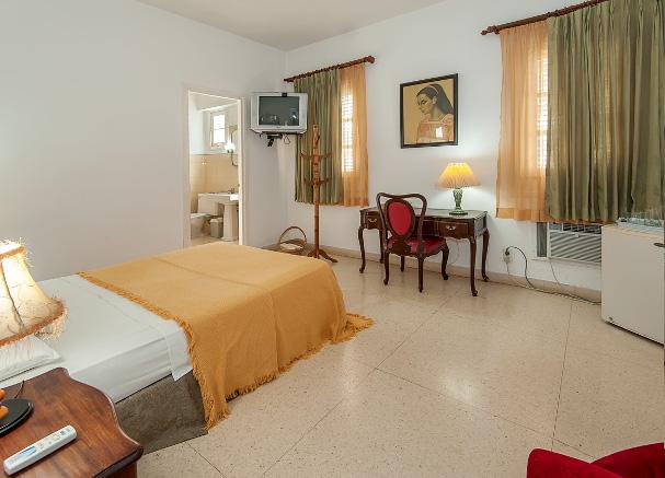 Room at Residencias Alfonso y González, Vedado, Havana, Cuba